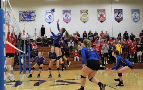Wilton Volleyball Team Punches Their Ticket to State With Their Big Win Against West Branch