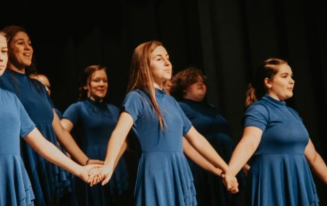 Wilton High School Choir Sings of Friendship at the 2020 Variety Show (Photo Gallery)